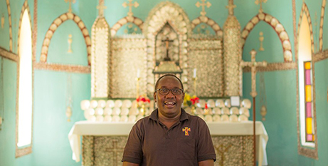 Parish priest Fr Hiliary Rotich at Sacred Heart Church, Beagle Bay (mnnews.today)