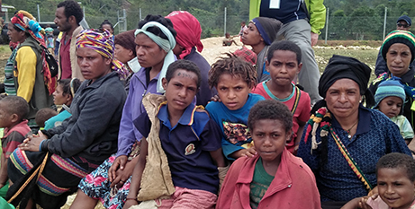 PNG locals displaced by the earthquake (Caritas/Milton Kwaipo)