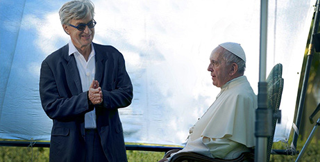 Wim Wenders and Pope Francis on the film set (Vatican News)