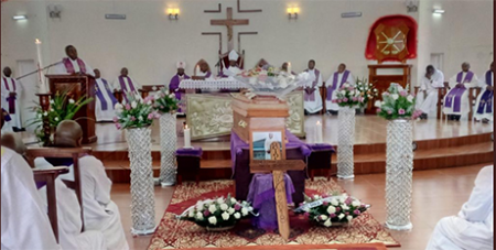 The funeral Mass of Fr Etienne Nsengiyumva (Twitter)