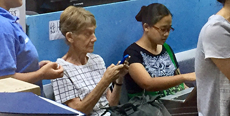 Sr Patricia Fox (left) at the Bureau of Immigration yesterday (CBCP News)