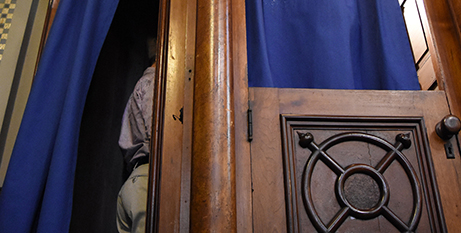 Canon law penalty for breaking the confessional seal is automatic excommunication (CNS/Mike Stechschulte)