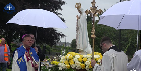 The consecration ceremony (Facebook/Archdiocese of Glasgow)