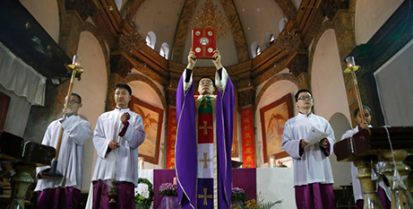 Pope Francis said hoped the agreement would help restore full communion among all Chinese Catholics (CNS photo/How Hwee Young, EPA)