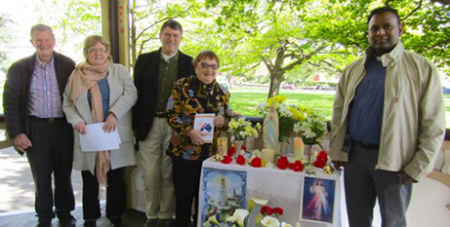 Mary Siejka (second from right) with others at the 2017 public Rosary in Launceston (Hobart Archdiocese)