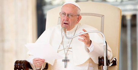 Pope Francis is focusing on the Ten Commandments during his weekly general audience at the Vatican (CNA/Daniel Ibanez)