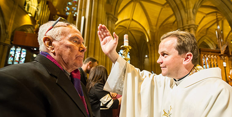 Fr Tom Stevens on his 2015 ordination day (The Catholic Weekly/Giovanni Portelli)