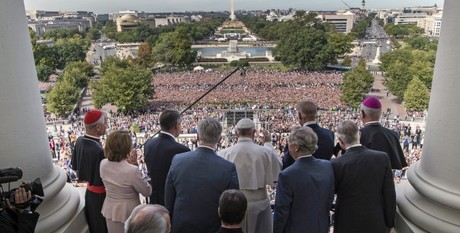 Francis on steps of Capitol