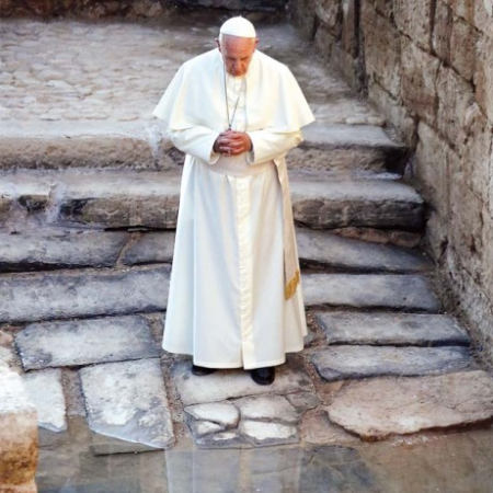 Pope.at.River.Jordan