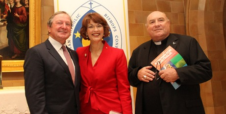 Kevin Sheedy and Geraldine Doogue with Bishop Saunders