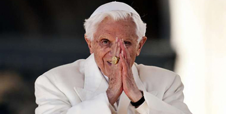 Benedict XVI at his final general audience in February, 2013 (Mazur)