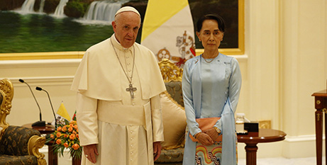 Pope Francis and Aung San Suu Kyi at the presidential palace in Naypyitaw, Myanmar, November 2017 (CNS/Paul Haring)