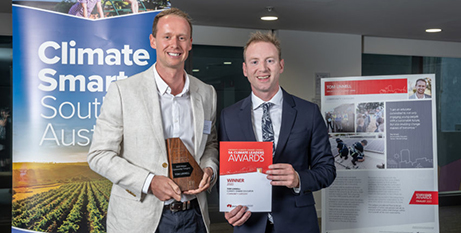 Tom Linnell (left) with David Speirs at the awards presentation (The Southern Cross)