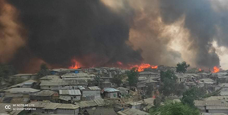 The fire in Cox's Bazar, Bangladesh, has left thousands of Rohnigya refugees without shelter (Caritas Bangladesh)