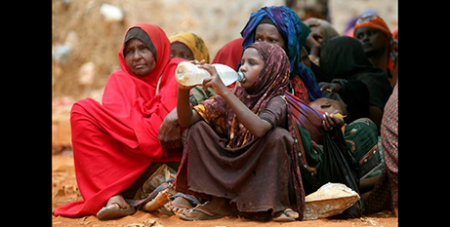 Internally displaced women in Somalia in 2017 (CNS/Reuters, Feisal Omar)