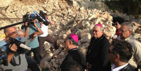 Patriarch Twal in the ruins