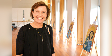 Catherine Sandric at her  exhibition in Hobart (Hobart Archdiocese/Naomi Leach)