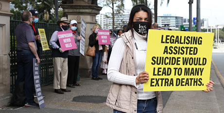 Protesters outside Queensland's Parliament (The Catholic Leader/Mark Bowling)