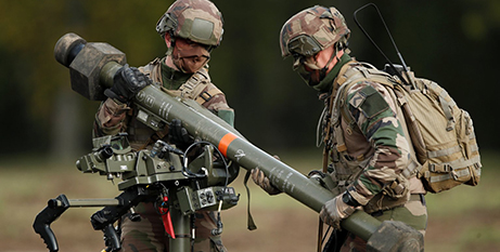 French soldiers at a live demonstration of an air defence weapon at Versailles in 2020 (CNS/Benoit Tessier, Reuters)