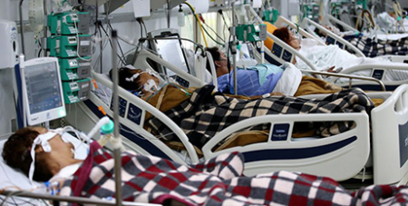 COVID-19 patients in the emergency room at a hospital in Porto Alegre, Brazil (CNS/Diego Vara, Reuters)