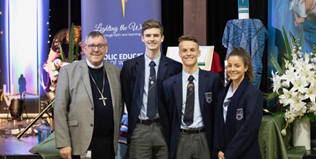 Bishop Brian Mascord with year 12 students (CEDOW)