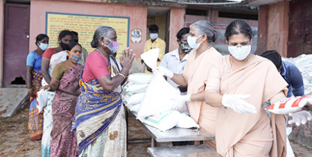 PPE kits are distributed in India (Caritas India)